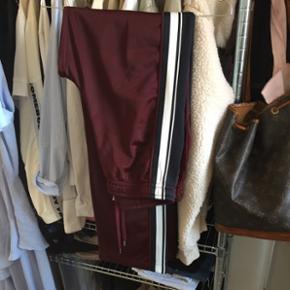 "Wood Wood ""Sabine trousers"" trackpantsNypris: 1400kr"