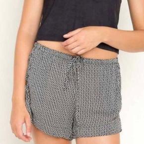 Shorts fra Brandy Melville i en str. One size, men de passer en Xsmall og Small