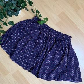Sød mini nederdel med lommer