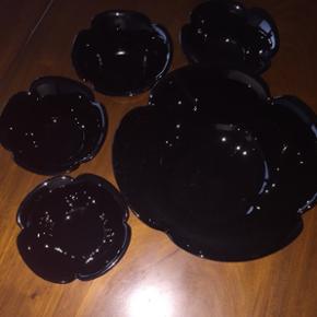 Salat skåle sæt. Keramik.  De små er 12 cm og den store 22 cm