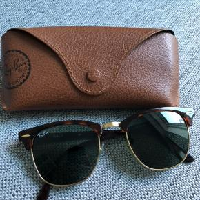9bf0be9a82d1 Ray-Ban clubmaster solbriller Nypris omkring 900 kr Mp  550 kr Kvittering  haves ikke