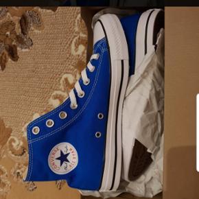 All star blues neuves 41.5
