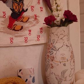 Flot kinesisk dekoreret høj vase