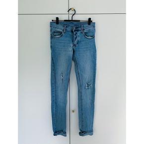 Rigtig gode jeans fra cheap monday i str 27/32.