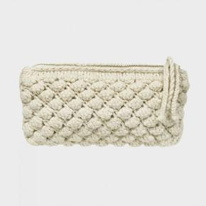 Aiayu Harmon clutch. Ny. Nypris 1200 kr.