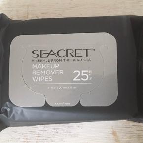 Seacret makeup remover wipes  Der er tale om en pakke med 25 stk klude med makeupfjerner  Kan efter aftale også hentes på Nørrebro.