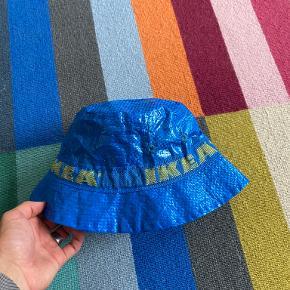 Ikea Hue & hat