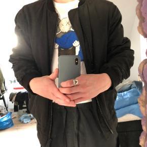 Represent jakke