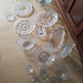 Flotte glas skåle og vaser spørg for priser