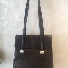 Flot mørke brun Adax taske