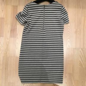 Vila kjole grå/sort str.S. Næsten ikke brugt. Fin stand