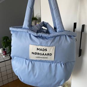 Mads Nørgaard anden taske
