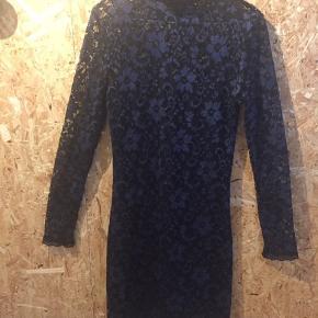Fin kjole fra Erbs, model Anna. Jeg har selv købt den herinde, men ikke fået den brugt