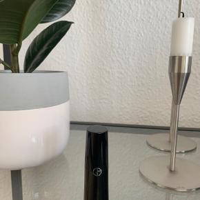 Giorgio Armani læbestift. Ikke brugt, kun prøvet på.   🌼 Bud modtages gerne  🌼 Rabat ved køb af flere items