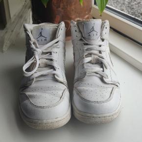 Nike air Jordan, købt i USA 2015 - brugt meget lidt og ingen tegn på slid ☀️