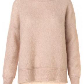 Lækker sweater fra Malene Birger. biagio modellen