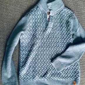 Pæn og velholdt sweater.