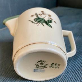 Royal copenhagen mælkekande 9h -fast pris -køb 4 annoncer og den billigste er gratis - kan afhentes på Mimersgade 111 - sender gerne hvis du betaler Porto - mødes ikke andre steder - bytter ikke