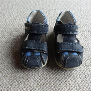 Superfit sandaler
