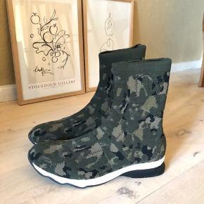 Munthe sneakers