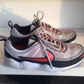 Nike spiridon str.38.5 brugt men i god stand