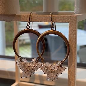 Julie Sandlau anden accessory