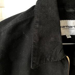 Sælger denne fede Carhartt jakke i str. XS.   Fra maj og aldrig brugt.   Pris fra ny: 1500,-