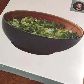 Bitz stor salatskål i farven Amber Aldrig brugt - stadig i æske  30 cm