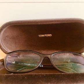 Tom Ford reading glasses good as new.