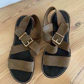 Super cool suede sandaler fra skønne Closed