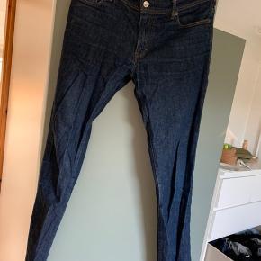 Bukser fra Acne Studios, 32 i bredde og 34 i længde.     #30dayssellout