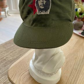 Hue & hat