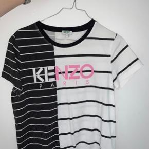 Rigtig fin t-shirts som næsten ikke er brugt. Str S  Bud modtages Sælger for min datter.