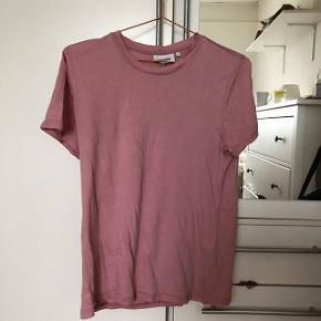 T-shirt fra weekday😊