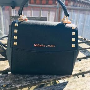 Ægte michael kors taske, brugt 2 gange til events.