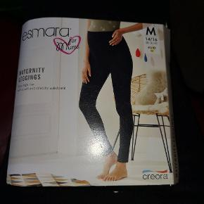 Super fine vente leggings.. Aldrig blevet brugt da jeg fik købt for mange.. Ny pris 80kr