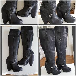 Lange støvler med læderdetaljer der kan tages af. brugt 1 gang.