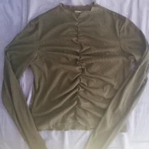 Monki bluse