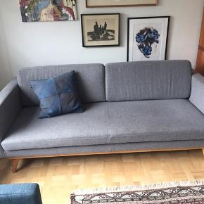 Fin 3personers lysgrå sofa fra Sofakompagniet😊