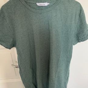 Super lækker grøn stribet t-shirt fra samsøe samsøe i str s   #secondchancesummer
