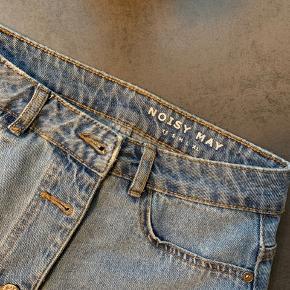 Fin denim nederdel i str XS 🌸 Kan afhentes på Amager eller sendes med DAO på købers regning