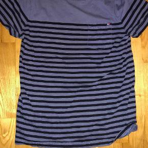 2 trøjer 100 kr. 1 trøje 75 kr.