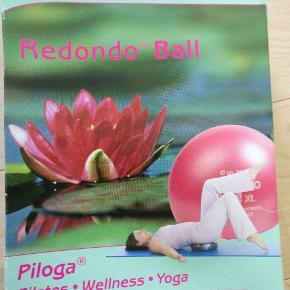 Yoga/pilates bold. Helt ny.