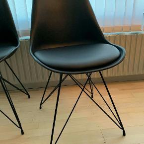 Idemøbler  250kr stk  6 stk stole