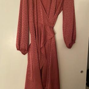 Sælger min kjole fra Samsø... brugt 1 gang