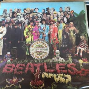 Beatles Sgt. Peppers Lonely Heart clubs band. LP