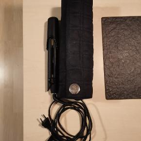 GHD V Gold Classic Max Styler  glattejern med taske sælges. Fungere 100%  - taske fra ghd Np : 200,-