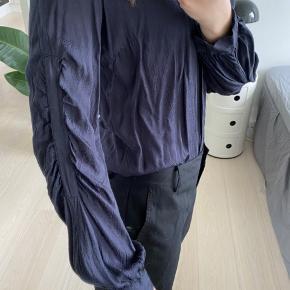 Super fin skjorte med fine detaljer🧡   #30dayssellout