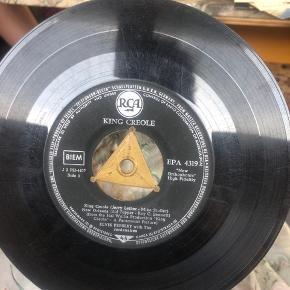 King Creol lp Elvis 120kr værd med original etui. Men den mangler. Derfor sælges den til 70kr