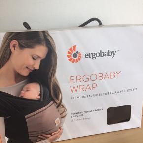 Lækker blød strækvikle fra Ergobaby 🌸   Se min shop for mere